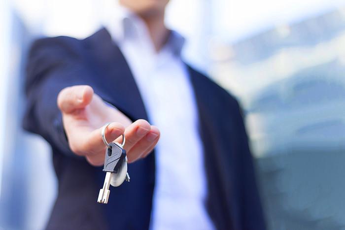 Как по уму сдать квартиру через агентство - надежно и недорого