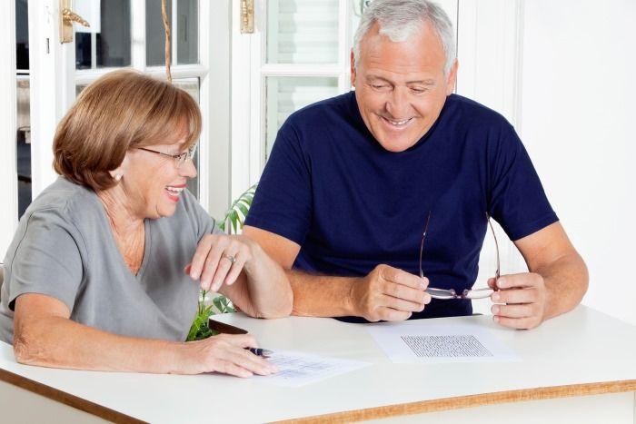 Какими льготами пользуются пенсионеры при оплате коммунальных услуг